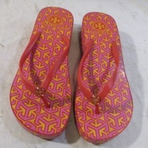 Tory Burch Wedge Flip Flops in Tory Pink, Size 9